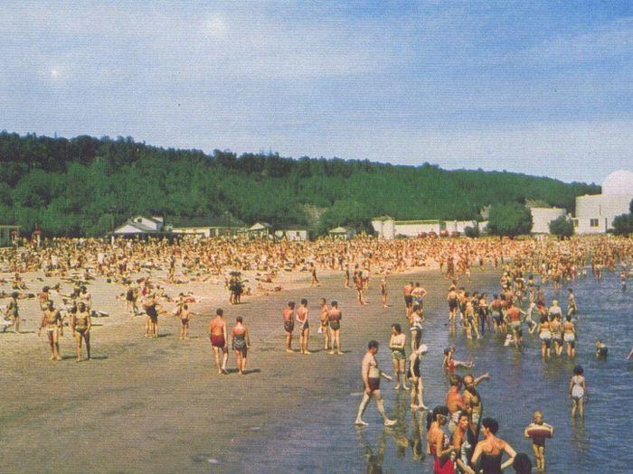 Plage de l'Anse au Foulon dans les années 60 - 02